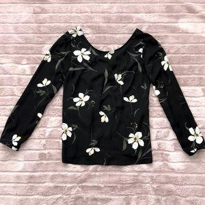 Dynamite floral boat neck open back blouse M nwot